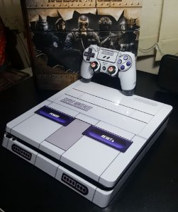 Skin Adesiva para PlayStation 4 - Nintendo + 2 Adesivos Light Bar