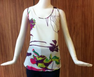 BLUSA ESTAMPA TROPICAL MORENA ROSA