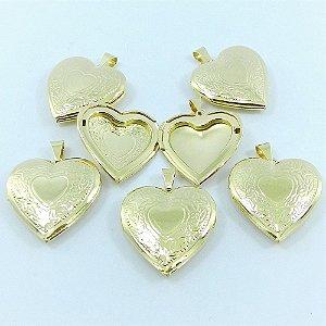 Coração Relicário 3cm Kit 20 Peças Folheado Ouro Pi157-K20