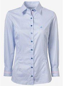 Camisa Dudalina femina azul com listras e detalhe rosa