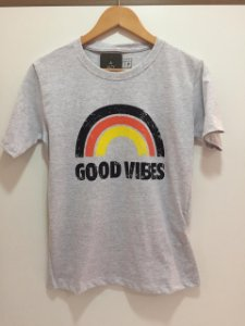 T-shirt Alty Cinza Good Vibes