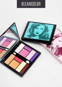 Paleta de Sombra- Alpha Girl Day to Nigth Smoky kit