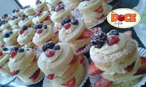 Mini Naked Cake frutas vermelhas