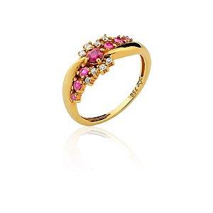 Anel Ouro com rubi e diamantes A47431152