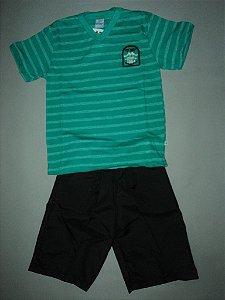Conjunto Camiseta  Listrada Verde e Bermuda Preta Abrange