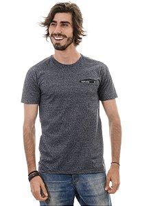 Camiseta com Bolso Embutido