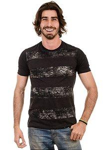 Camiseta com Listras Largas