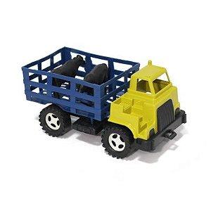 Caminhão Boiadeiro com animais e cabine dupla externa - Ref.008 Plaspolo - Varias cores