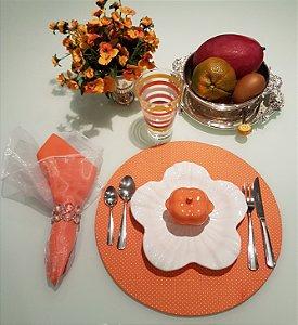 CAPA DE SOUSPLAT fundo laranja com bolinhas brancas
