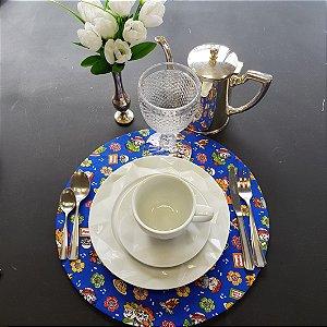 capa tecido de algodão azul com casal junino