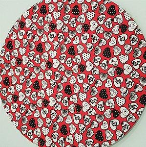 Capa Sousplat Coração Branco e preto fundo vermelho