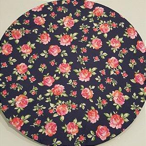 Capa Sousplat flores rosas medias e botões fundo azul marinho