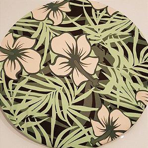Capa Sousplat flores creme pendão verde folhas verdes fundo preto