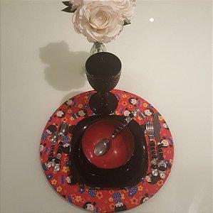 Capa de tecido rustico sousplat fundo vermelho com japonesas e flores