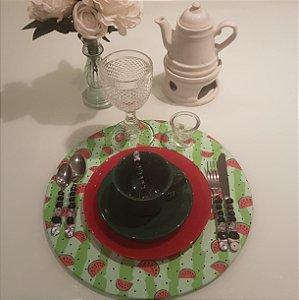Capa de tecido sousplat fundo verde com melancias
