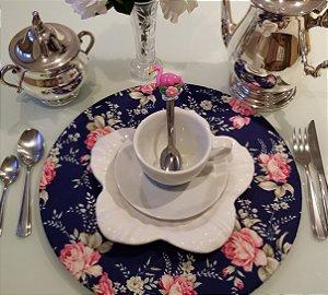 Capa de tecido para sousplat fundo azul com rosas