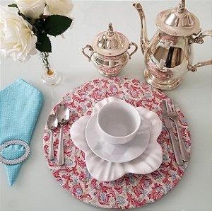 Capa de tecido para sousplat mosaico azul com rosa fundo rosa claro