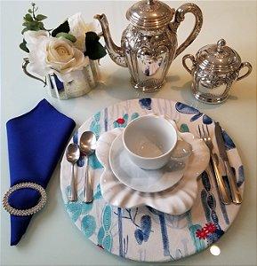 Capa de tecido para sousplat cactos tons de azul fundo branco