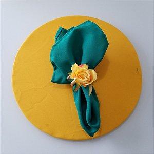 Capa de tecido Sousplat tergal amrelo liso COPA
