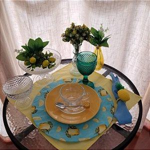 Capa de tecido fundo azul verde com limão