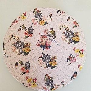 Capa Sousplat tecido digital fundo creme passarinhos gaiola rosas