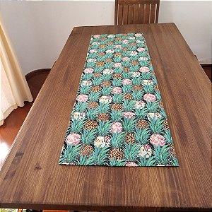 Caminho de Mesa abacaxi tecido decoração 1,40 cm por 0,45cm