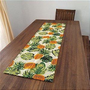 Caminho de Mesa Abacaxi tecido decorão com costela de adão 1,38cm por 0,43cm