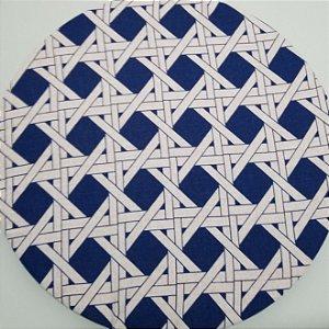 Capa de tecido fundo azul linhas cruzadas branca