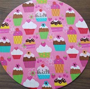 Capa de tecido fundo rosa cupcakes