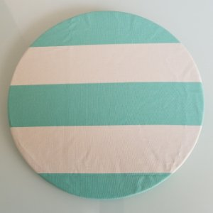 Capa de tecido listrado azul agua com branco