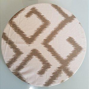 Capa de tecido labirinto marrom/bege com branco grande