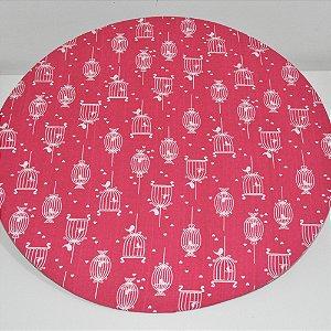 capa sousplat fundo rosa com gaiolas e passaros