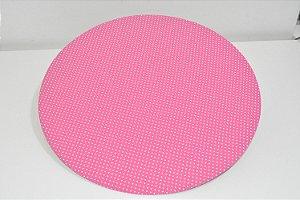 capa de sousplat fundo rosa com bolinhas brancas