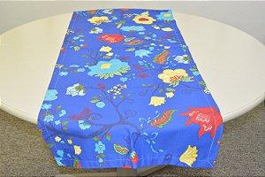Caminho de Mesa fundo azul com flores