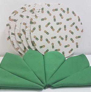 Kit 6 Capas fundo branco com abacaxis pequenos e 6 Guardanapos verde liso