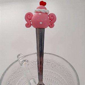 Colher de chá bule rosa com coração vermelho biscuit