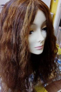 Peruca de cabelo humano,cor mel, tam:55 cm