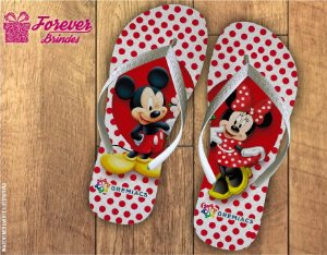 Chinelo Dia Dos Namorados da minnie e do mickey