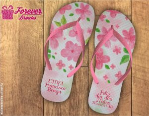 Chinelo Dia Das Mães flores rosas