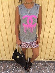 T-shirt Chanel regata com aplicação de Spike