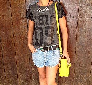 T-shirt CHIC 09 + mangas de couro furadinho