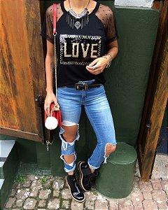 T-shirt LOVE bordada em paete
