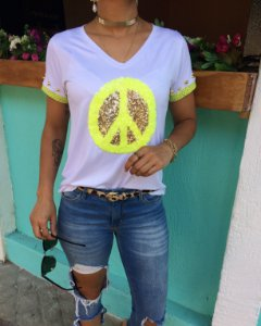 T-shirt Peace bordada