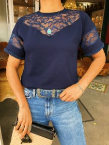 T-shirt Dara renda Azul marinho