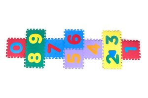 Tapete Amarelinha com Encaixe de Números - 10 placas