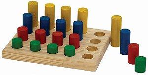 Jogo de Pinos - base 16x20cm. c/ 20 pinos coloridos