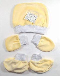 Conjunto com Touca, Luva e Sapatinho para Bebê RN - Amarelo