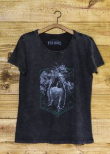 T-Shirt Feminina Harpia - Grafite Estonado