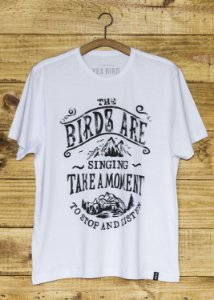 T-Shirt Masculina Take a Moment - Branca