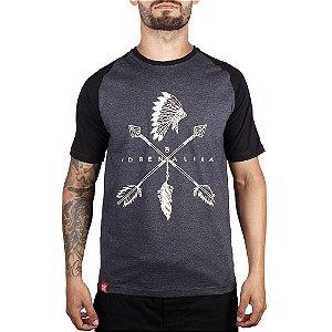 Camiseta Raglan Cocar Adrenalina - Preto Mescla